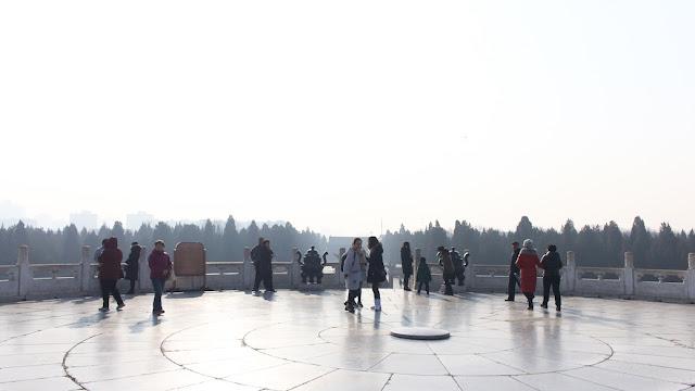 musim dingin di circular mound altar
