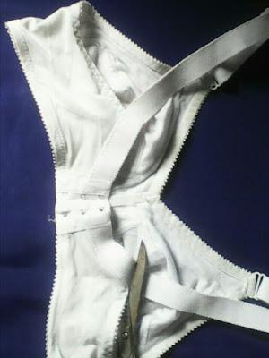 How to make a regular bra backless