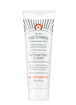 My Makeup Issues First Aid Beauty Face Cleanser Review