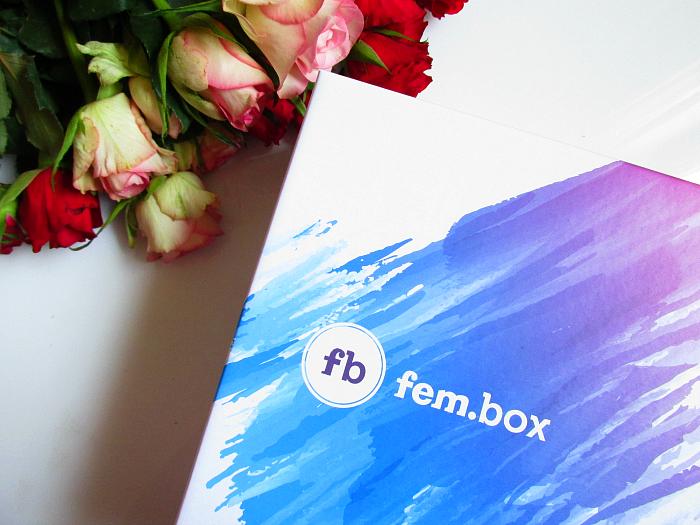 Unboxing: fem.box Fitness Box Dezember
