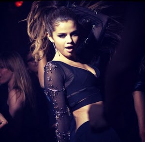 Selena Gomez : mesmerizing and devilishly hot behind the scenes of her latest video ...
