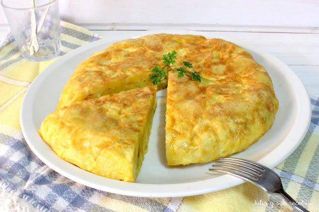 Tortilla de patatas. Julia y sus recetas