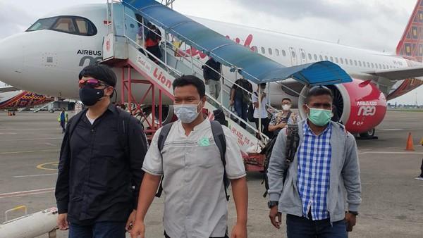 Dikawal Densus 88, Muchsin Kamal Penjual Airgun ke Zakiah Aini Tiba di Jakarta
