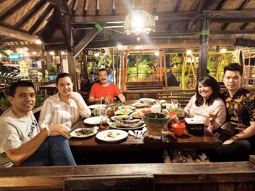 tempat makan enak di bogor untuk keluarga