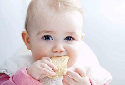 Tip Introduce Finger Food In Infants