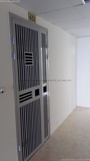 Thi công cửa sắt chung cư tại  chung cư X203 Lĩnh Nam