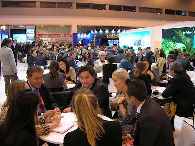 Encuentro de profesionales en Fitur, Madrid, round the world, La vuelta al mundo de Asun y Ricardo, mundoporlibre.com