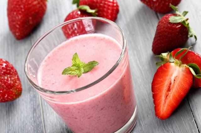 Red berry Breakfast Drink