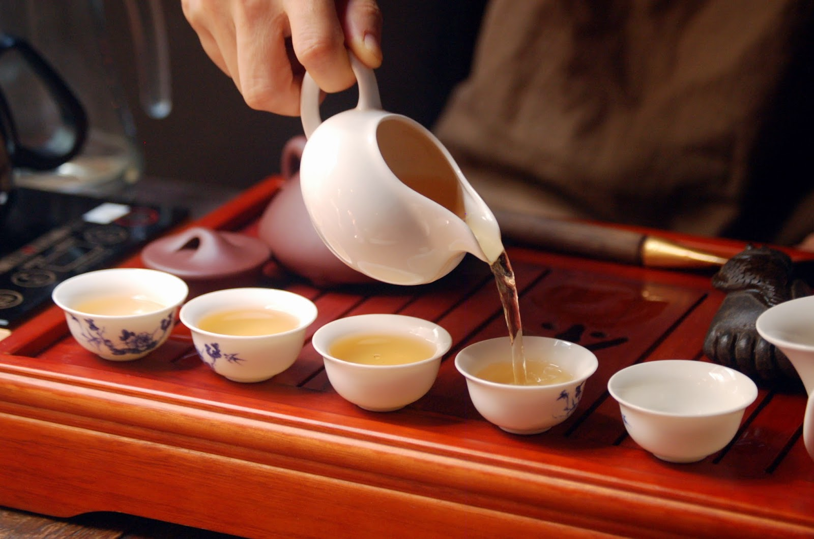 Chinese Tea Beauty Treatment