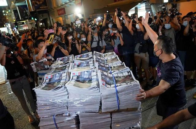 Taiwan Mengutuk Penutupan Harian Apple Hong Kong