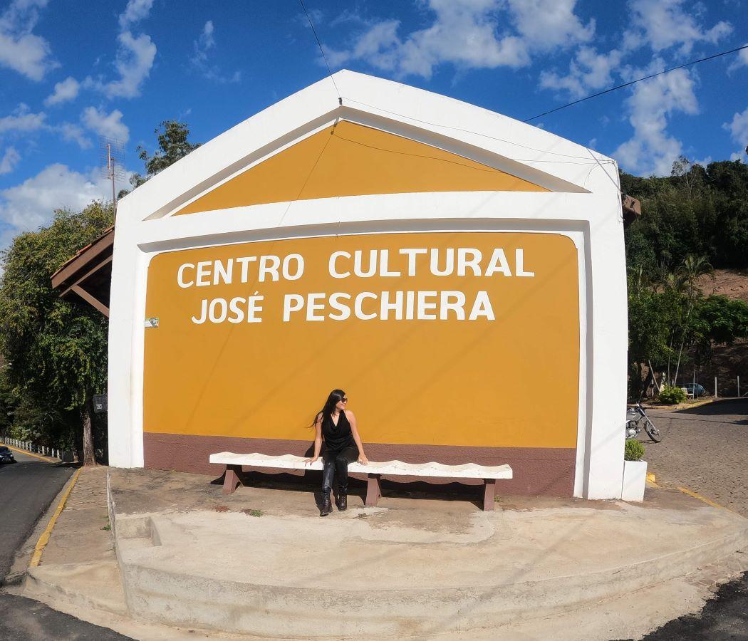 Centro Cultural José Peschiera