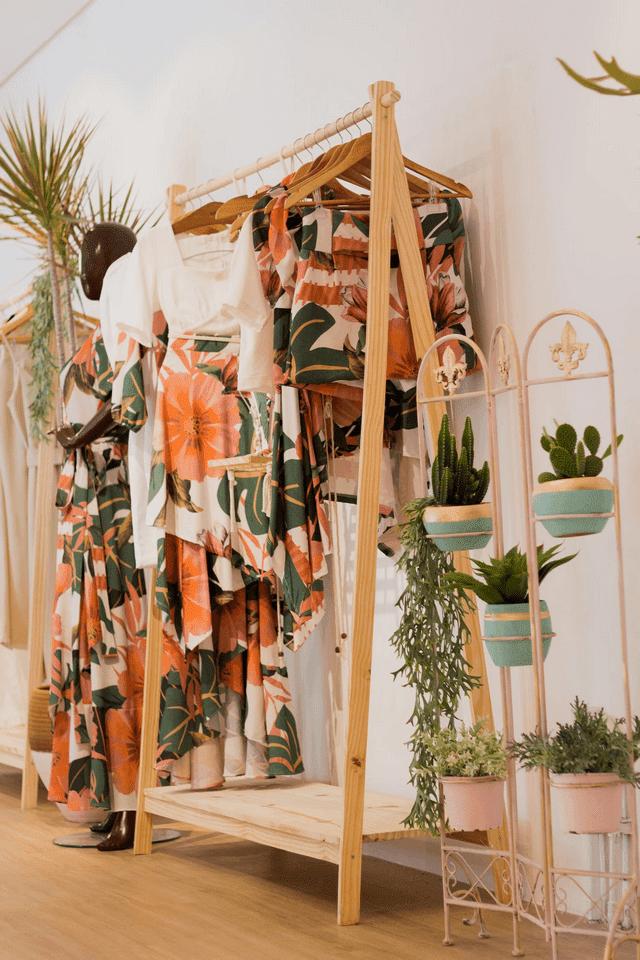 Phụ kiện đẹp chất cho thời trang mùa hè xì tai