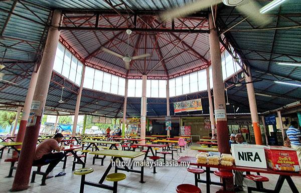 Padang Matsirat Food Court