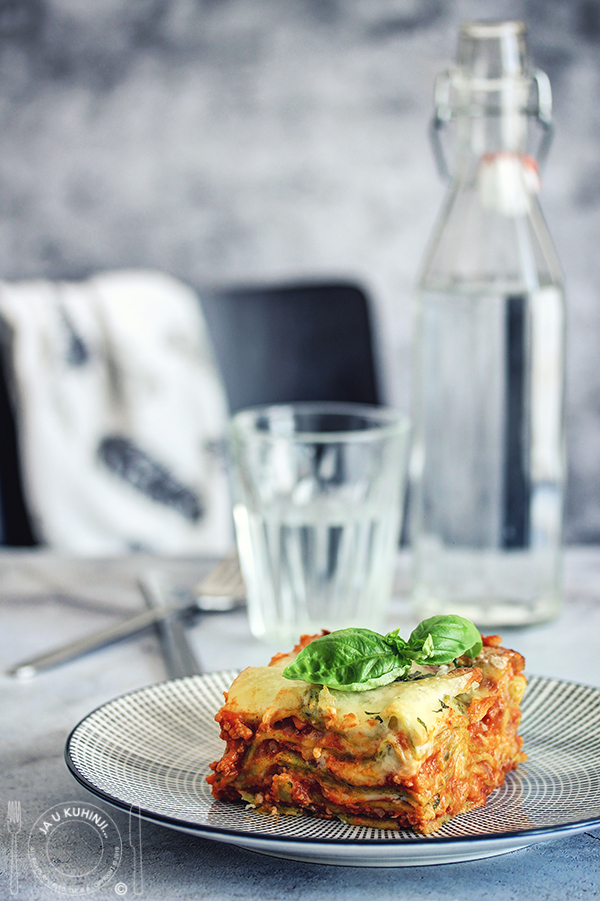 Homemade Lasagna Recipe from Scratch