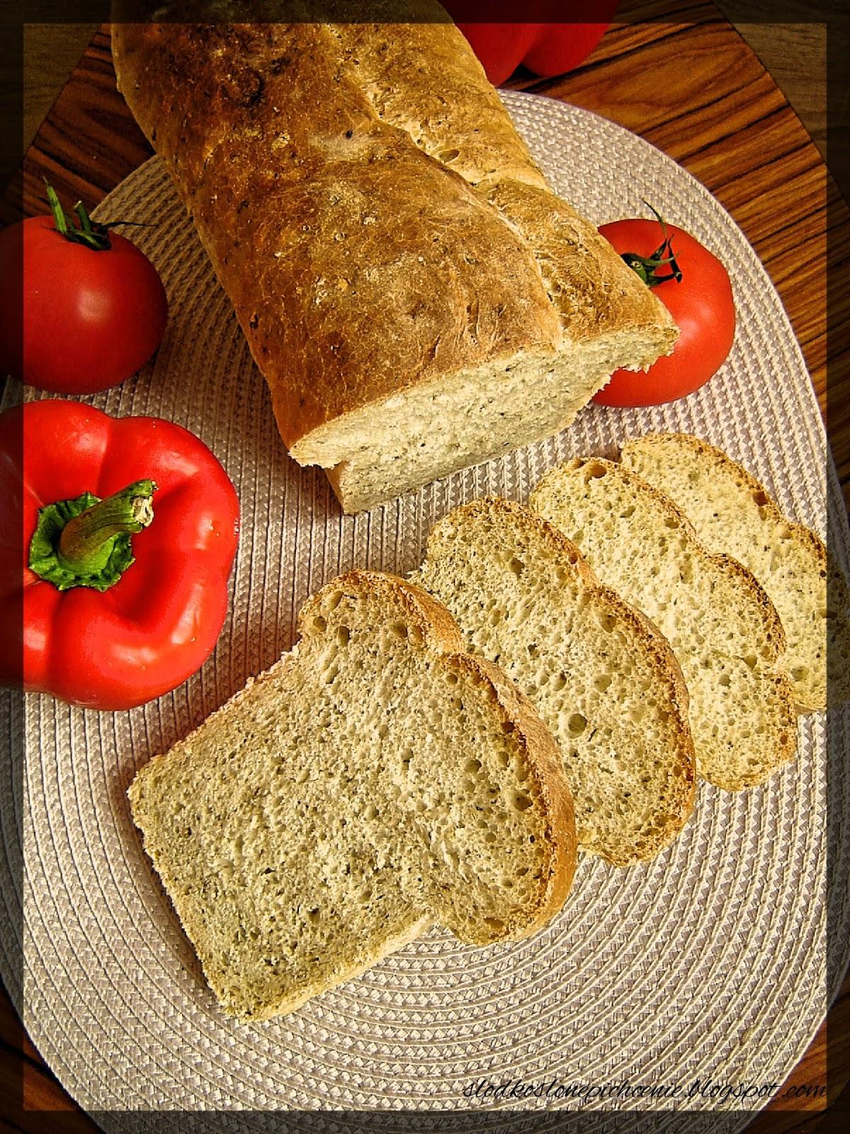 Chleb z rozmarynem i oregano