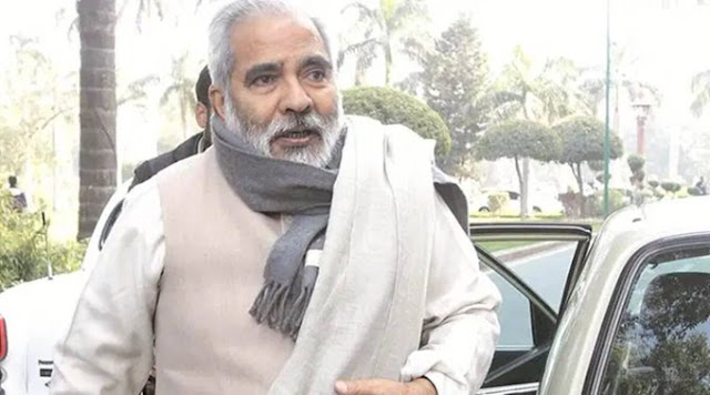Raghuvansh Prased Singh former union minister died at a age of 74 years