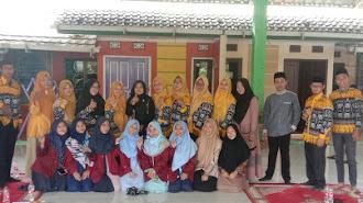 Mahasiswa PLP Unsika di SMP Islam Fathonul Burhan di Lepas