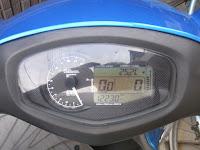 アドレスV125GのSP武川スーパーマルチLCDメーター