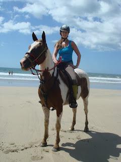 riitta reissaa, rantalaukka, matkailu, hevonen, costa rica, Riitta Kosonen