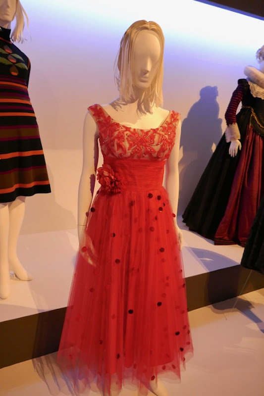 Saoirse Ronan Lady Bird prom dress