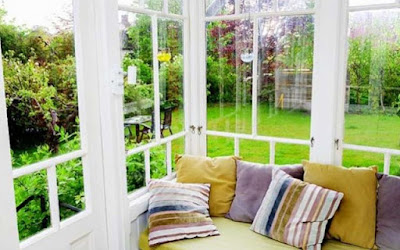 make-your-home-look-lively-during-rainy-season