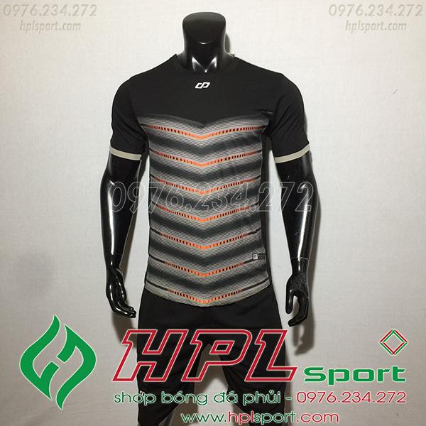 Áo ko logo CP LEG màu đen
