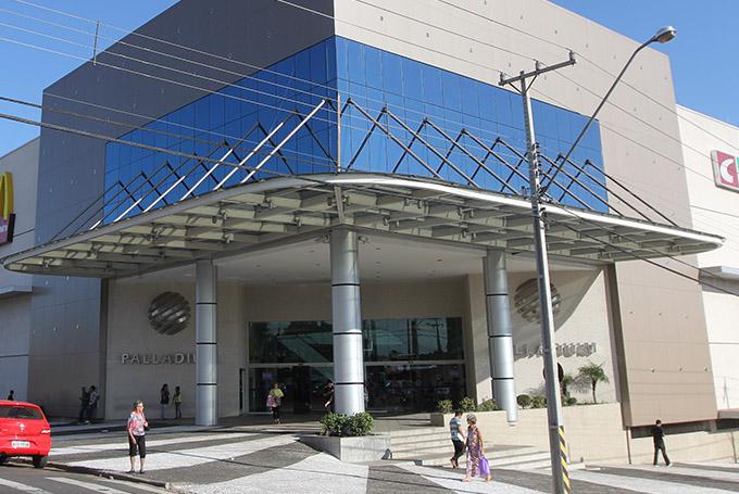 Palladium Shopping Center, de Ponta Grossa (PR), investe na capacitação de lojistas