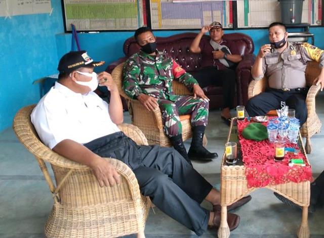 Jalin Silaturahmi Dengan Warga, Personel Jajaran Kodim 0207/Simalungun Laksanakan Komsos Dengan Security