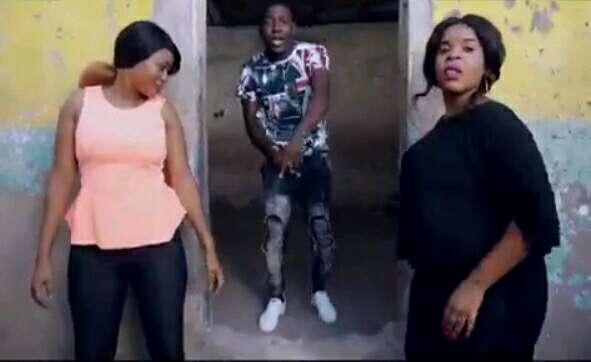 Download Video | Pam D ft Msaga Sumu - Umepenya
