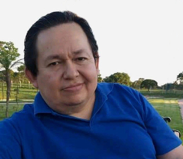 Óscar Vargas Vargas tuvo una amplia trayectoria en los medios y la función pública / RRSS