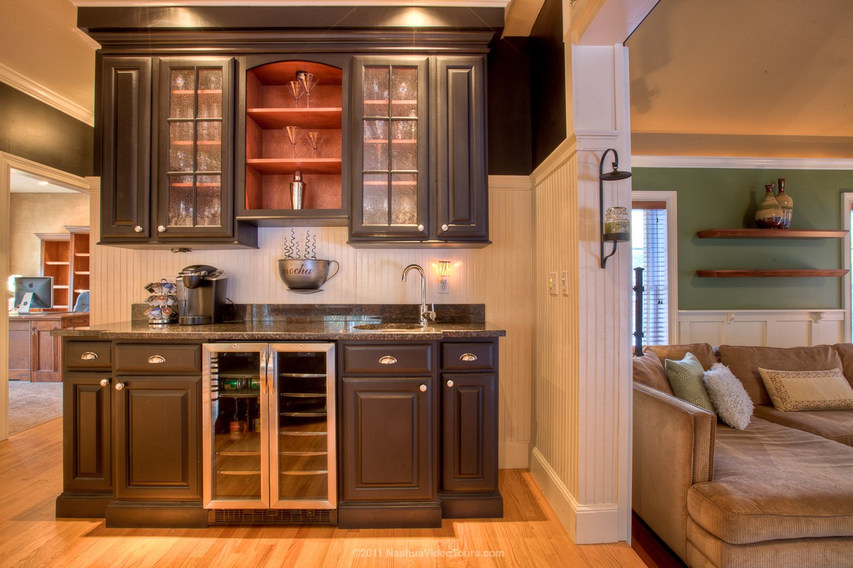 Home Wet Bar Ideas: .16lstreet: This Is One Gorgeous Home