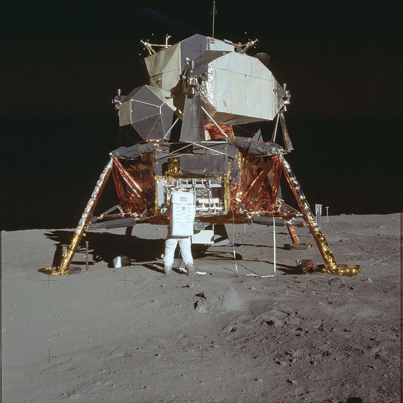 Apollo-11. Американські астронавти на Місяці