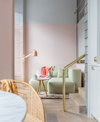 Two-toned wall pastel colors idea