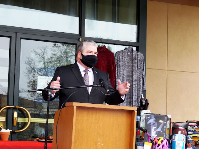Steve Oroho supports the Season of Hope Toy Drive
