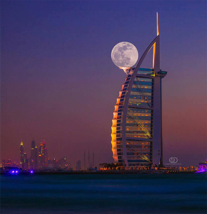 Perfect Timing, Perfect Angle...Hilarious Result! - Supermoon Shot In Dubai