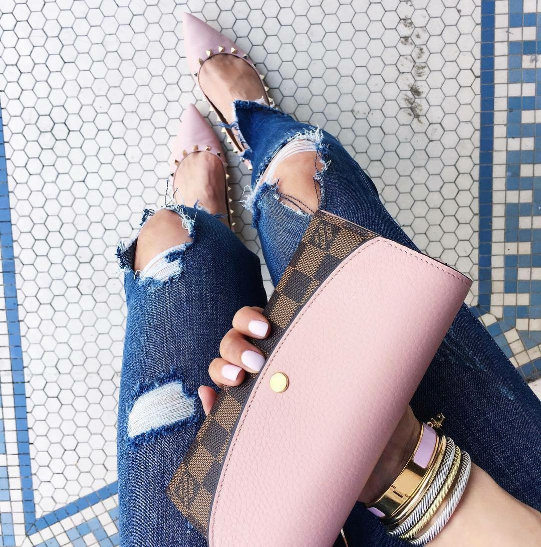 emily gemma, the sweetest thing blog, louis vuitton wallet with pink, zara ripped skinny jeans, pink valentino rockstud flats, pinterest ouftfit inspiration