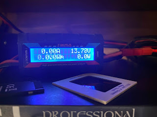 Test power supply with meter