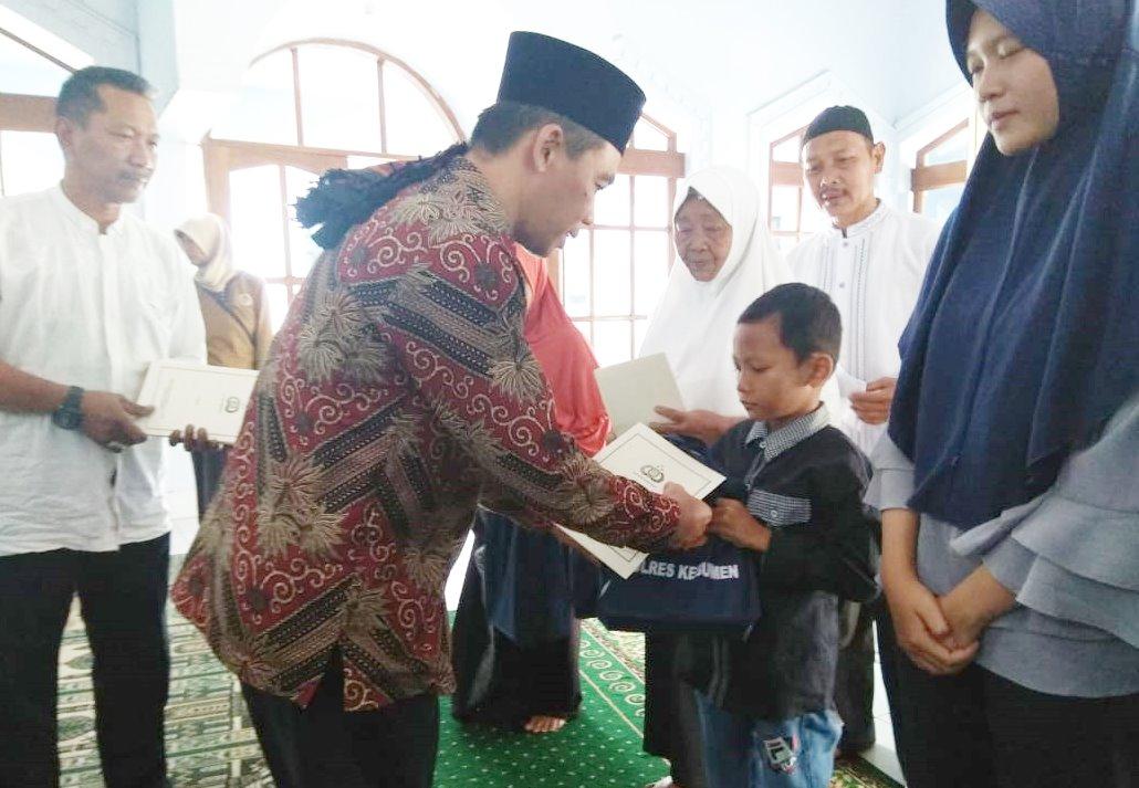 25 Anak Yatim Gombong Terima Santunan dari Polres Kebumen