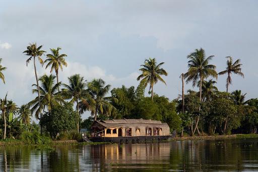 Kerela, Houseboat