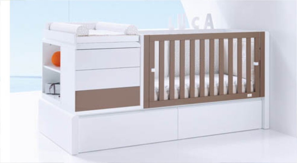 Tempat Tidur Bayi Multifungsi