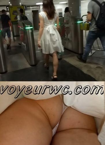 Upskirts 3866-3885 (Secretly taking an upskirt video of beautiful women on escalator)