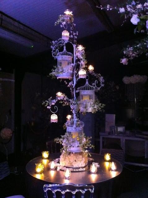 Las jaulas como elemento decorativo en las bodas - Foto: www.essentialweddinghire.com