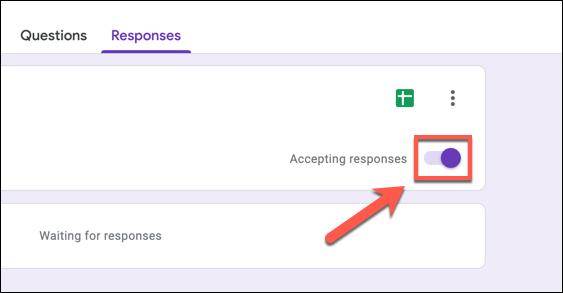 """لتعطيل استجابات نماذج Google ، اضغط على شريط التمرير """"قبول الردود""""."""