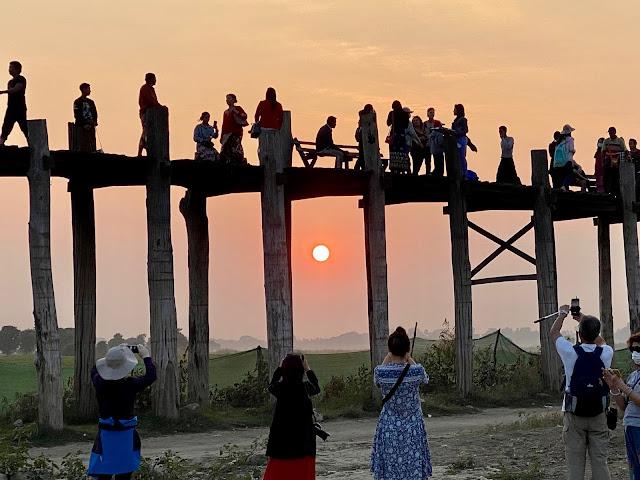 U Bein Wooden Footbridge (Mandalay)