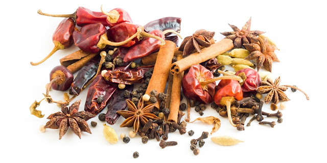 Studies shows that Spicy foods in daily life improve heart health, fight cancer and many other