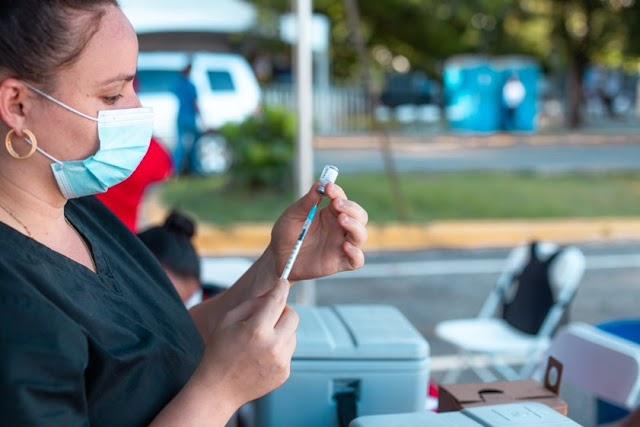 MAPFRE Salud ARS instala el primer centro de vacunación vehicular de COVID-19 en República Dominicana
