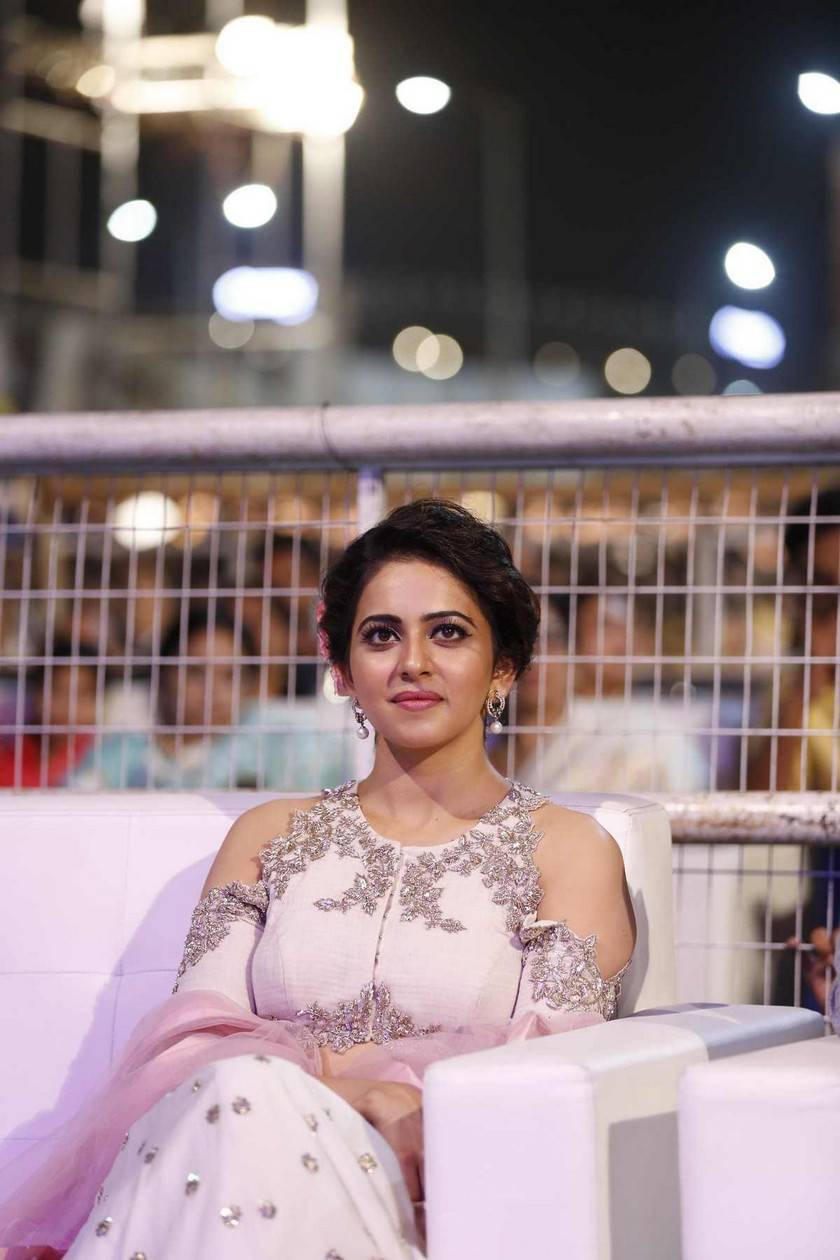 Rakul Preet Stills In White Dress Sarainodu Movie
