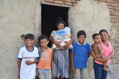 A campanha Natal Permanente da LBV proporciona a centenas de famílias um fim de ano sem fome, digno e feliz