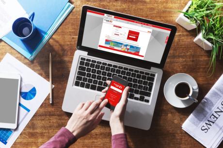 Nhiều ngân hàng ở việt nam ngày càng chú trọng dịch vụ online
