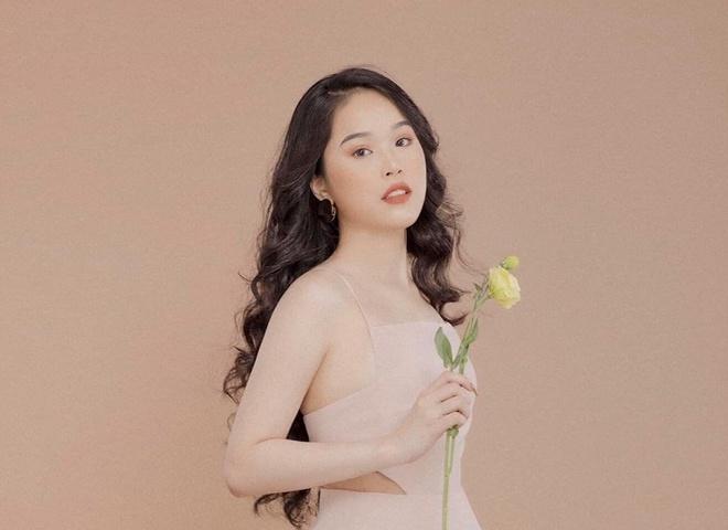 Nữ sinh TP.HCM cao 1,7 m, dự thi hoa hậu